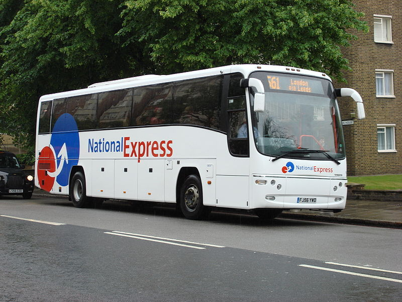 Plaxton Paragon National Express route 561