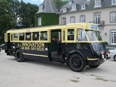 Ragheno bus innovation. b