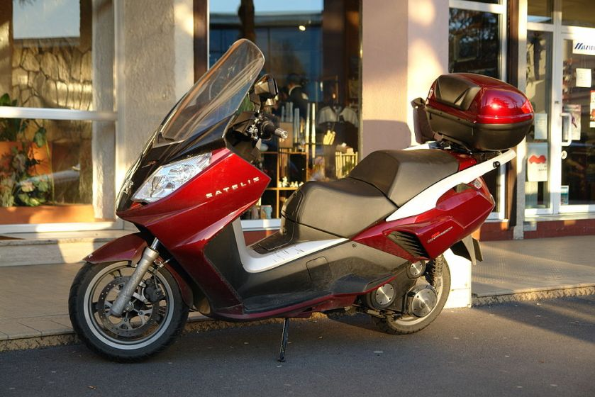 Scooter Peugeot Satelis 125 Compressor