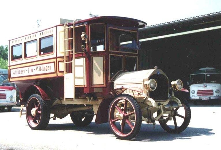 1914 Saurer bus