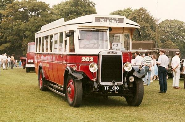 1930 Leyland Lion LT1 with Roe bodywork