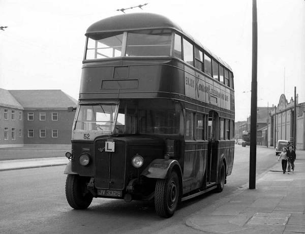 1935 Roe H26-22C bodied AEC Regent
