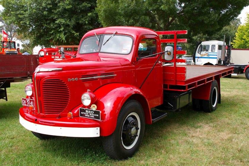 1948 REO D21 1948 Bury 2