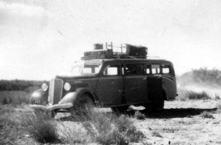 1950 REO Motor Car Company Reo side loader
