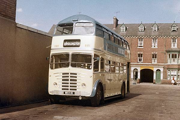 1951 Leyland Titan PD2-12 with Roe FCH30-20RD bodywork