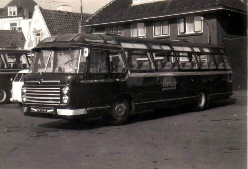1957 Roset Beuk Volvo+ 29