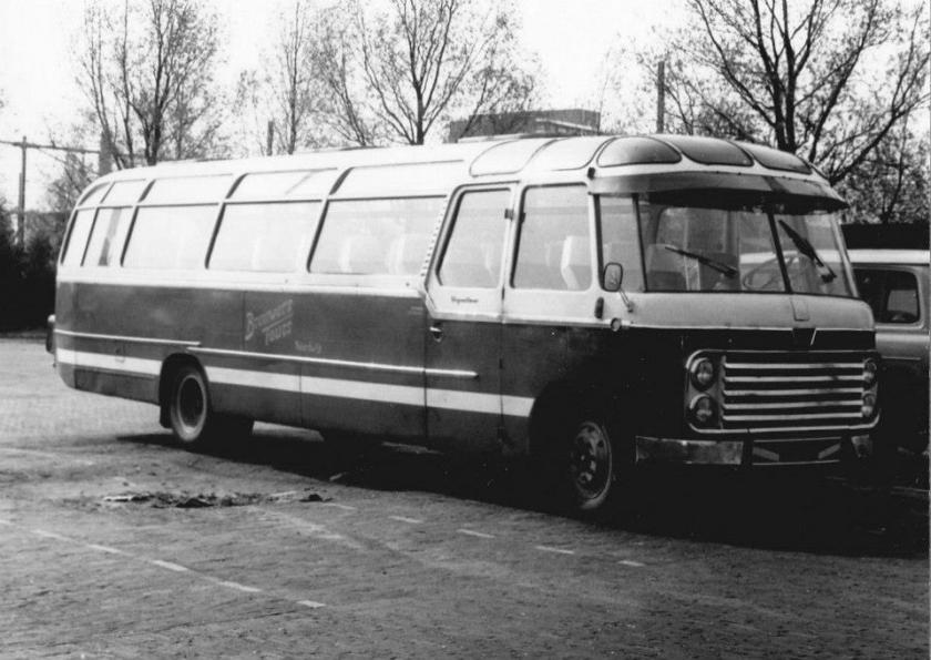 1957 Roset Brouwers Tours a