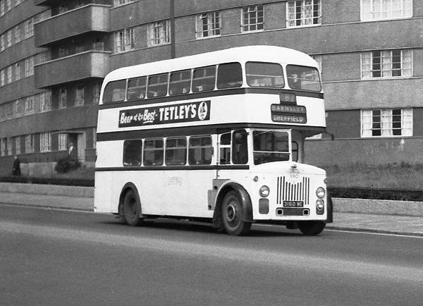 1958 Leyland Titan PD2-30 with Roe H33-26RD body