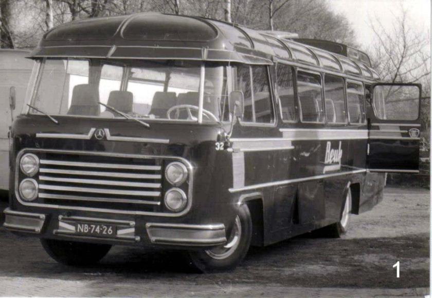 1959 Roset Mercedes Beuk 32  NB-74-26