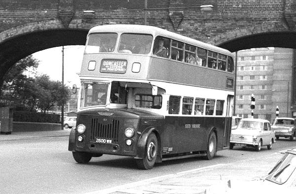 1960 Leyland PD3-1s with Roe L31-32RD body
