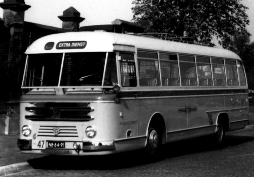 1960 Scania Vabis Roset LTM Heerlen, semi-tour bus.