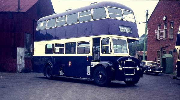 1962 Roe H33-26R bodywork was fitted to Pontypridd 87, 872MTG, a Guy Arab IV