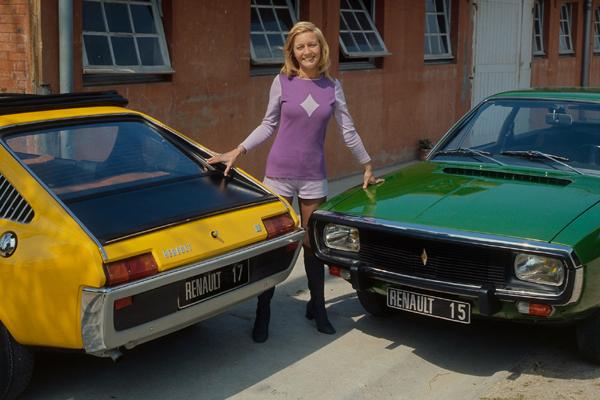 1971 renault15-r17