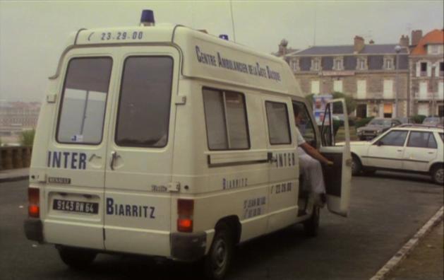 1982_Renault_Trafic-1