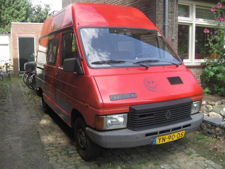 renault buses cars and trucks france part vii restructuring 1981 1995 myn transport blog. Black Bedroom Furniture Sets. Home Design Ideas