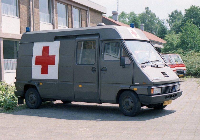 1987 Renault Master T35 ambulance
