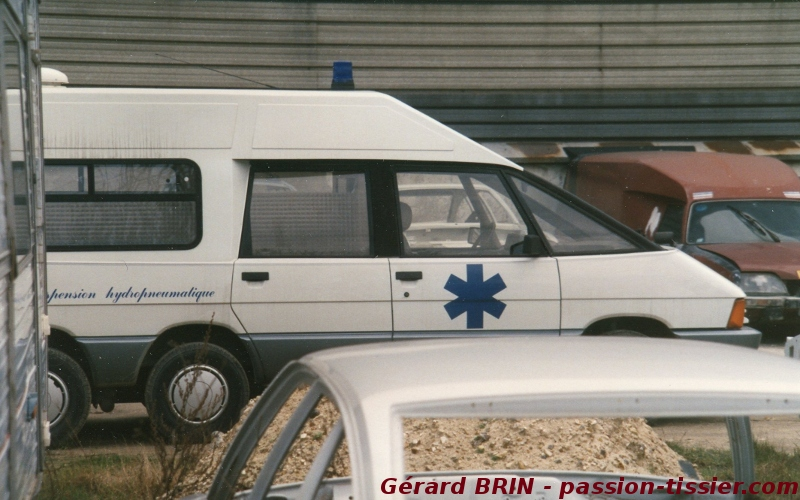 1987 Renault Super ambulance