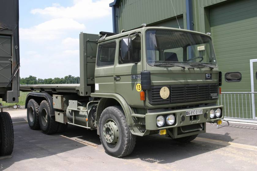 1987 Renault_G290_002