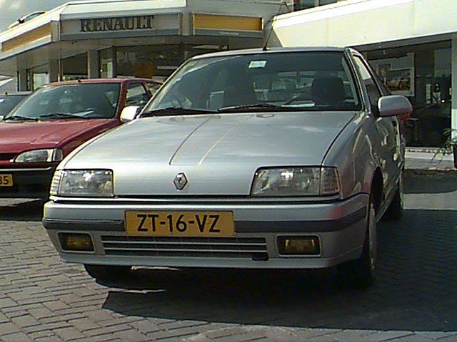 1989 Renault-19-GTX-1989