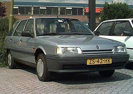1989 Renault Nevada RT 2.2 5-door estate