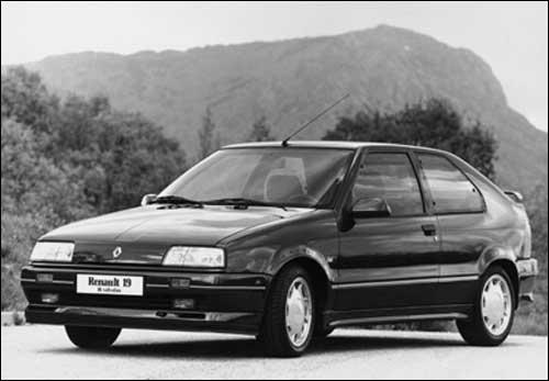 1989 renault_19