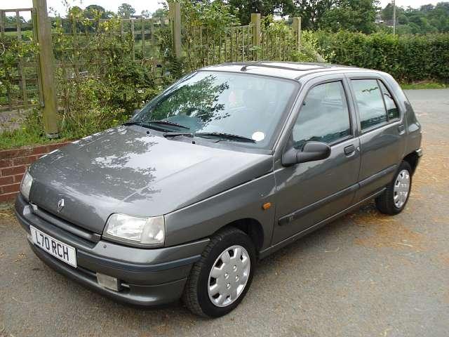 1990 Renault-Clio-1990