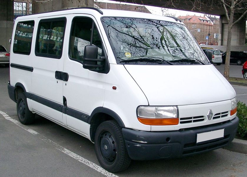 1990 Renault_Master_front_20080326