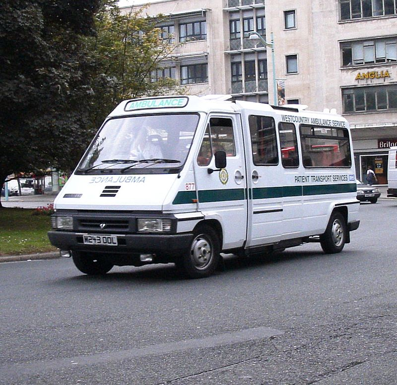 1992 Renault traffic Westcountry Ambulance_M243OOL