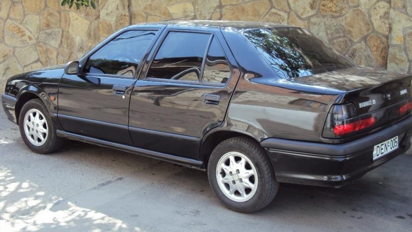 1996 Renault 19