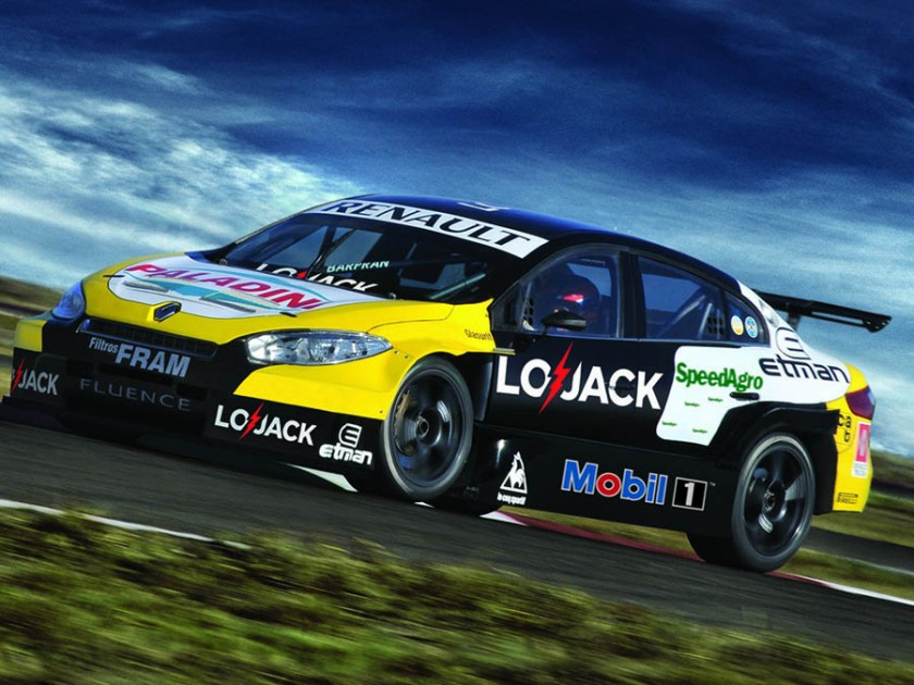 2000 Renault_Fluence_STC2000_1_noticia_3512