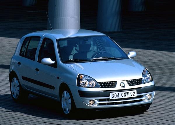 2003 Renault-Clio-Portugal-2003