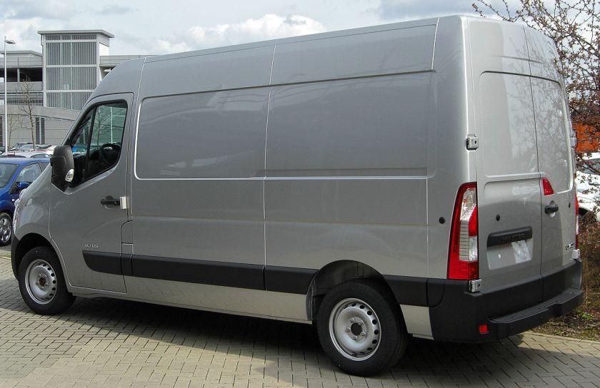 2012 Renault_Master_IV_rear_20100504