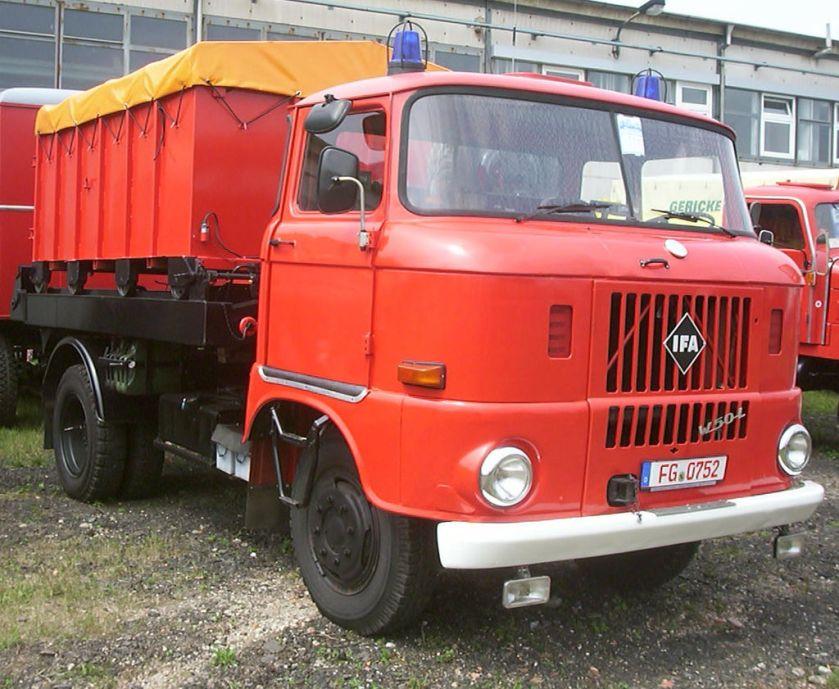 IFA W50 L Feuerwehrcontainer