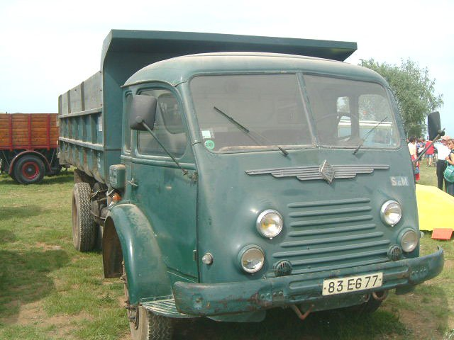RENAULT FAINEANT