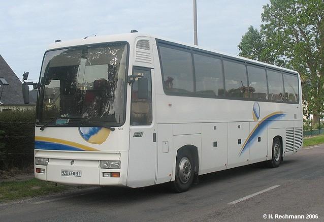 Renault FR1-Reisebus-weiss-Dekor