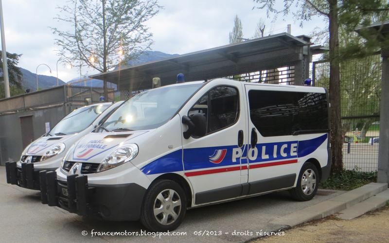 Renault Mascott Parisian police