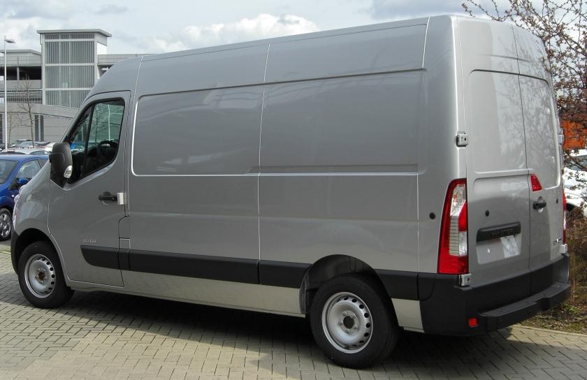 Renault Master IV rear