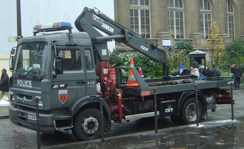 Renault Police Paris CRS vehicule