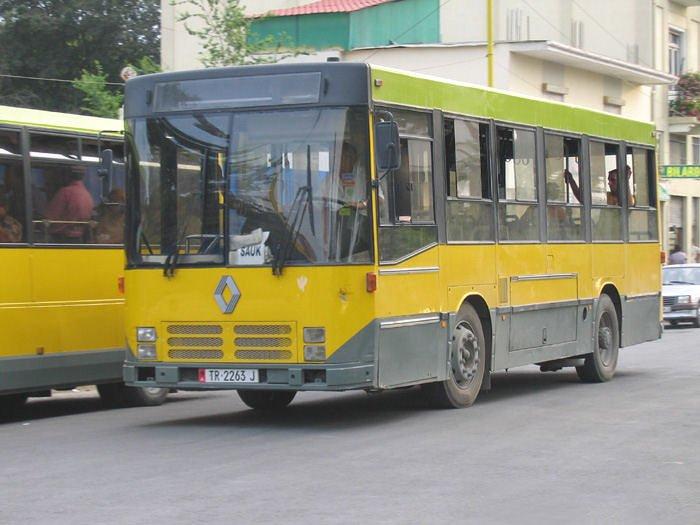 RENAULT R 212