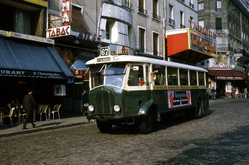 Renault TN4F buses in La Place Pigalle