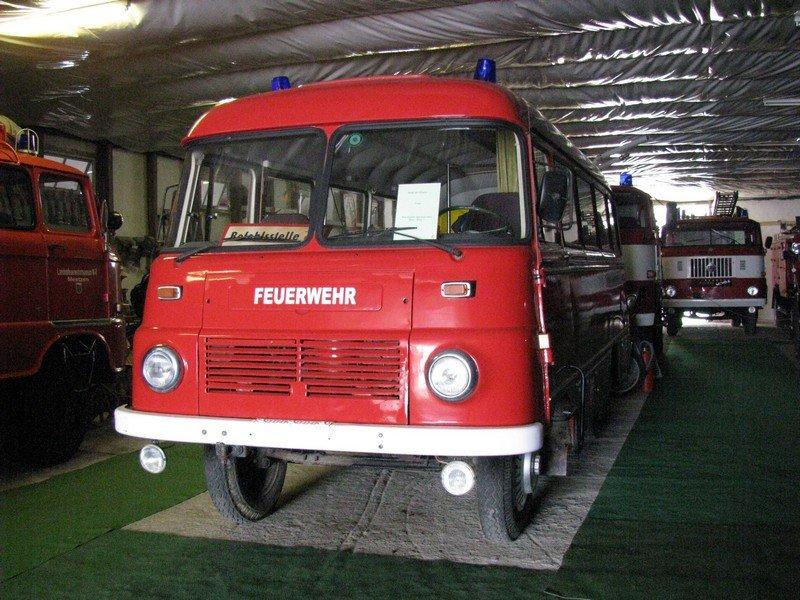 ROBUR Fahrzeug