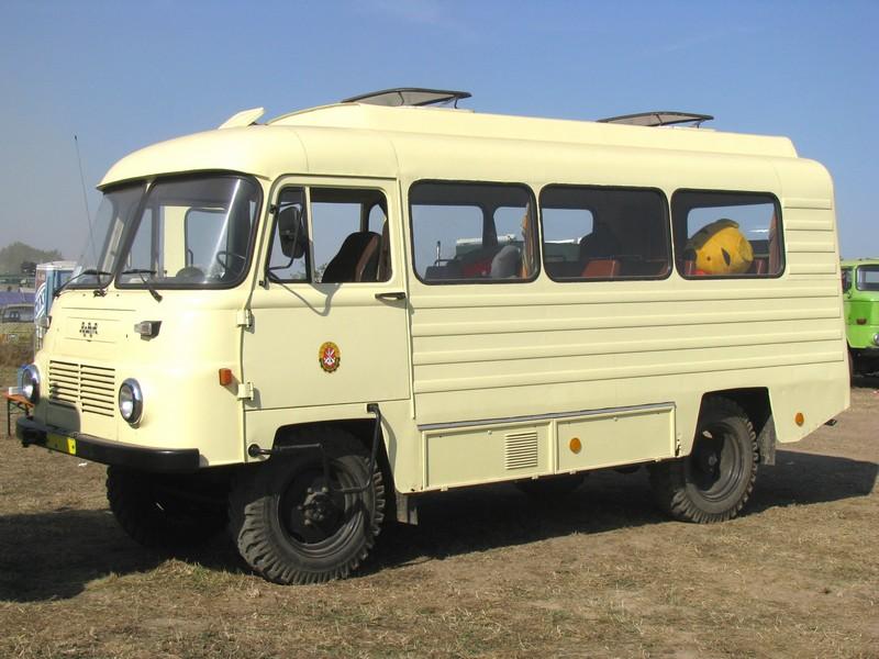 ROBUR LO 2501