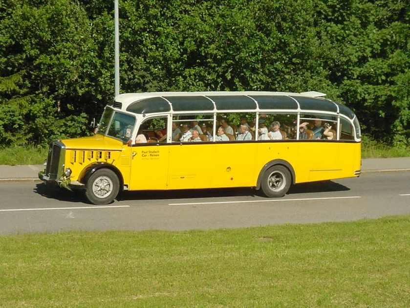 saurer-airport-coach-01