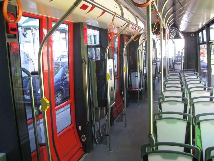 18 Solaris_Tramino,_Poznań_2010_(06)