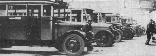 1924 Studebaker bus in Wassenaar Voor de oorlog 42