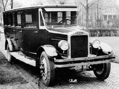 1924 Studebaker Gotfredson bus4