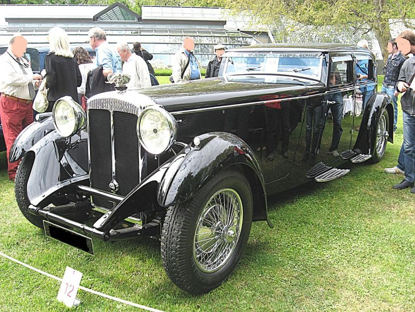 1932 Daimler Double-Six