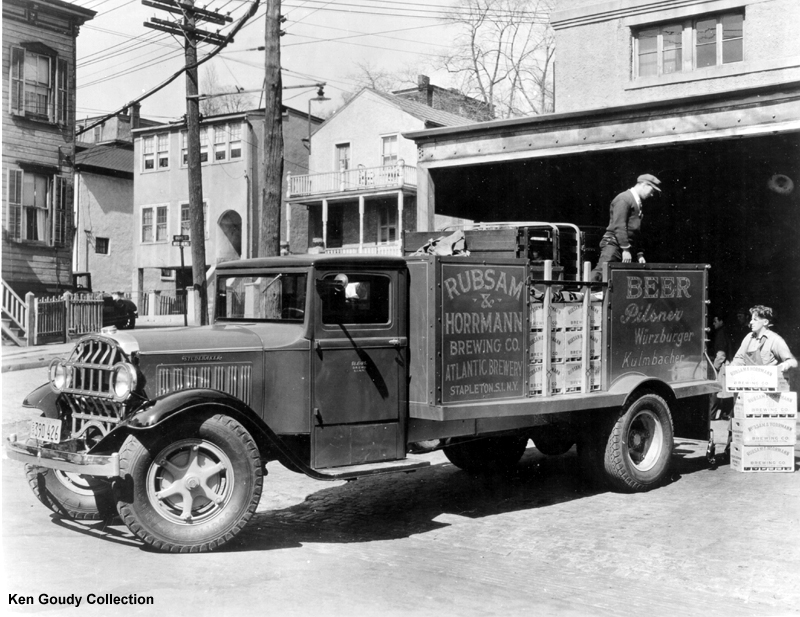 1932 Studebaker model S-8 truck