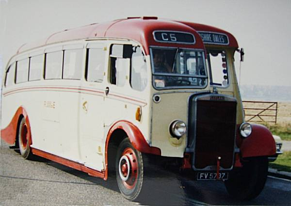 1935 Leyland TS7 with English Electric C31F body