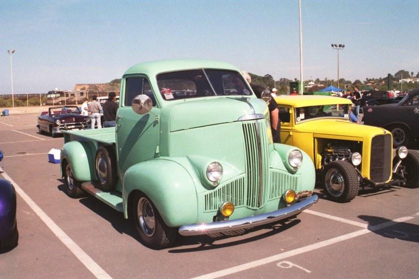 1937 Studebaker Coe
